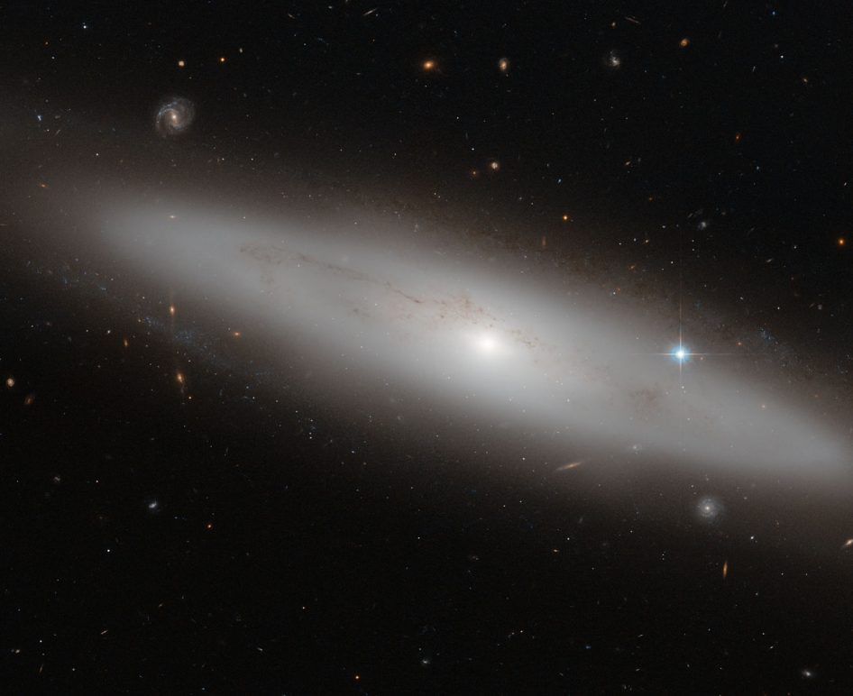 NGC_4866_as_imaged_by_Hubble